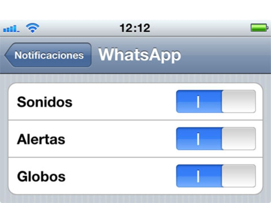 WhatsApp regresa a Apple