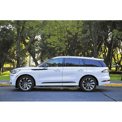 Llincoln Aviator: Grand Touring